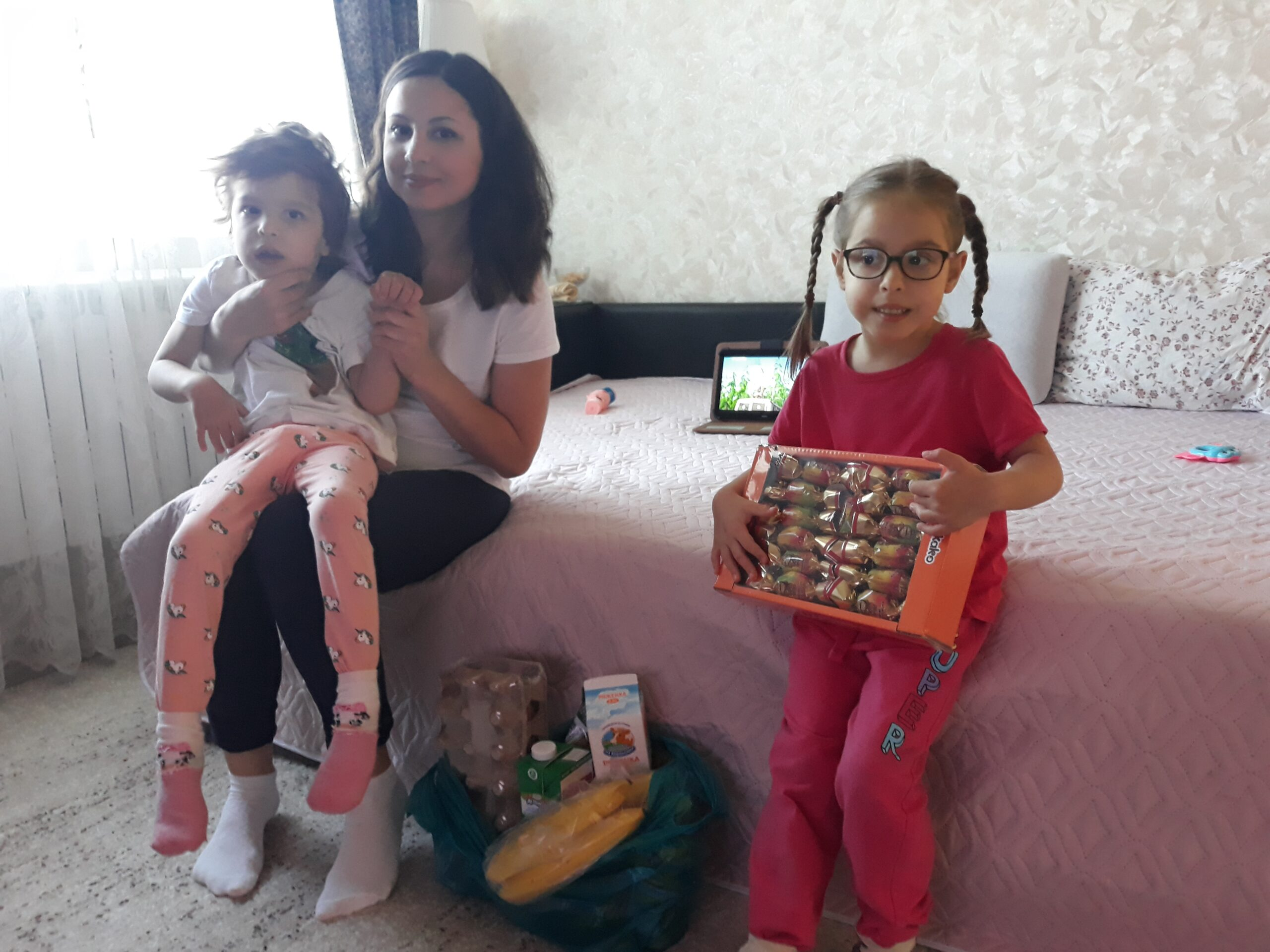 Masha and her two daughters