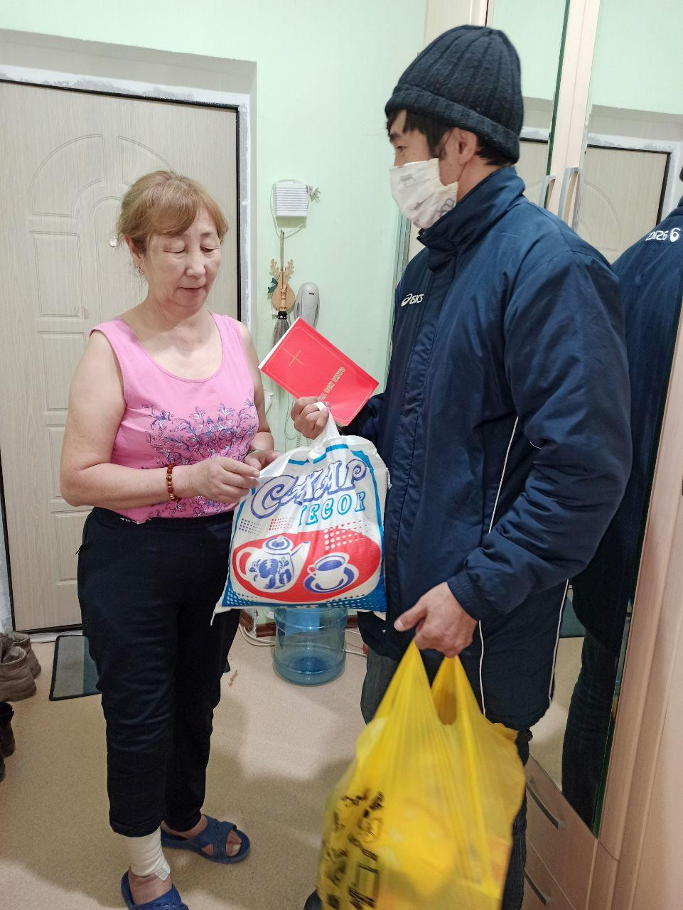 Bringing much-needed supplies and the Gospel to people stuck in their homes.