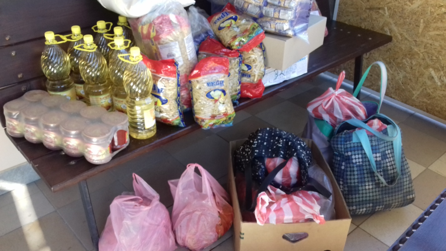 Supplies for aid packages for needy families.