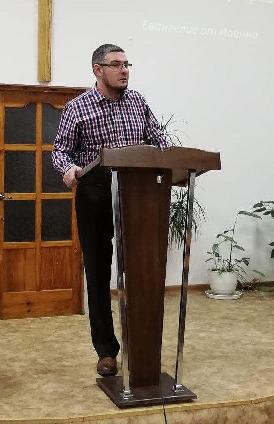 Pastor Mark Zhuk