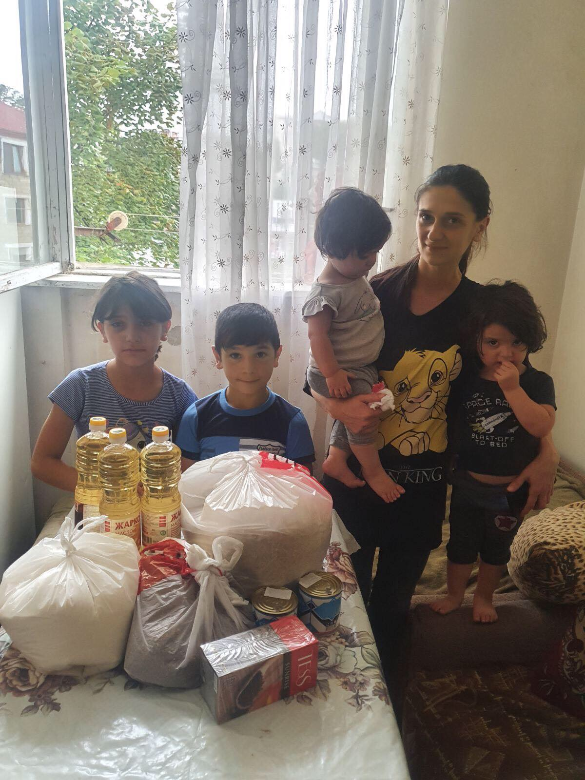Bringing food packs to a family that moved from Nagorno-Karabakh to Armenia.